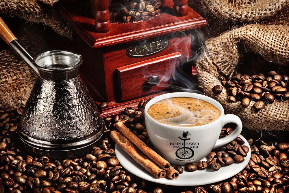 طرز تهیه قهوه با شیر سرد