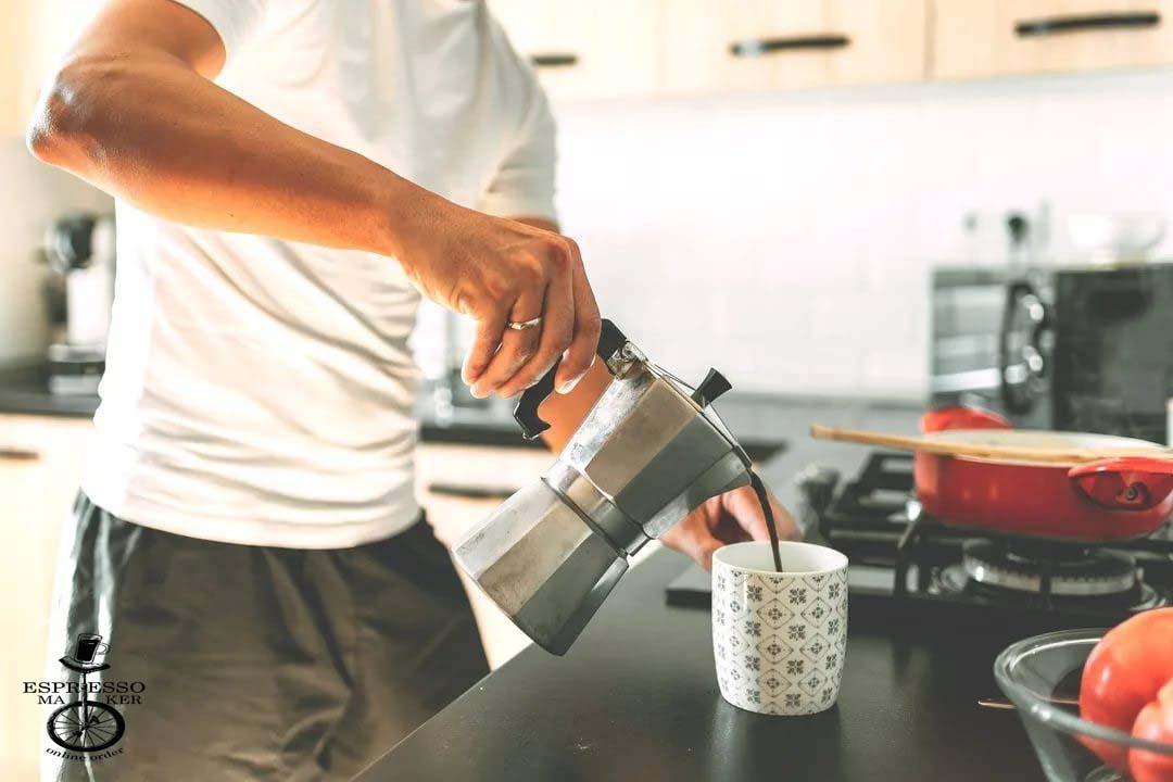 طرز تهیه قهوه آماده